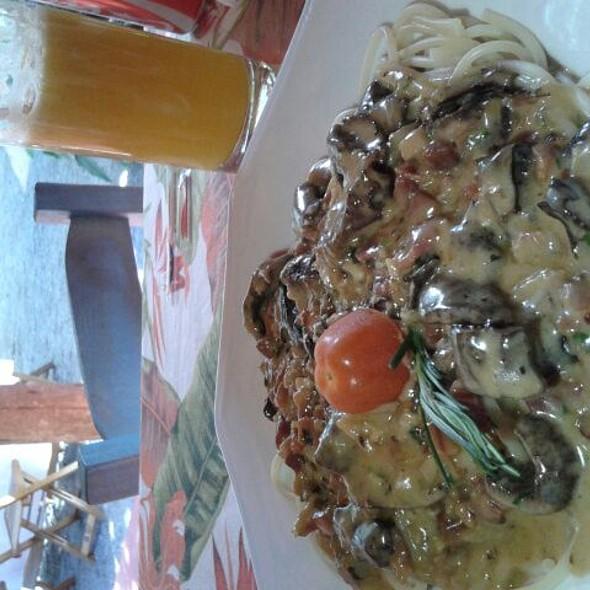 Spaghetti Santa Rita De Cássia @ Santo Antônio Spaghetteria e Café