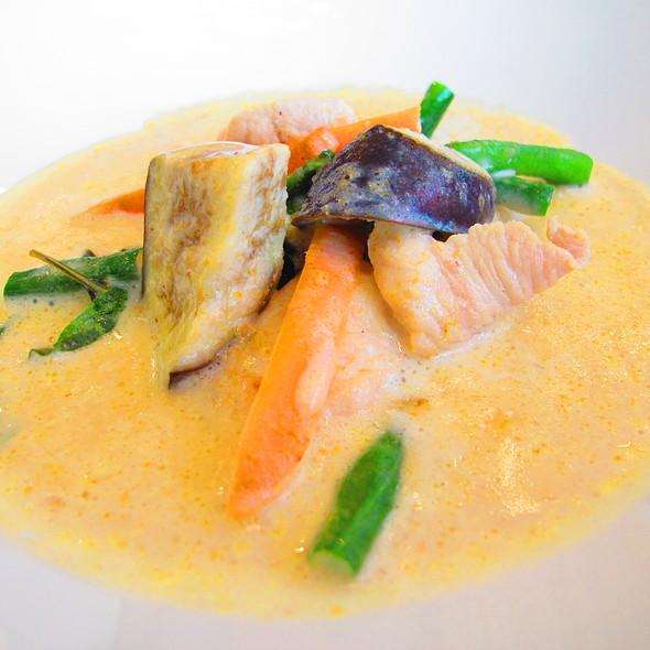 Thai Green Curry with Chicken @ Galleries Lafayette Gourmet
