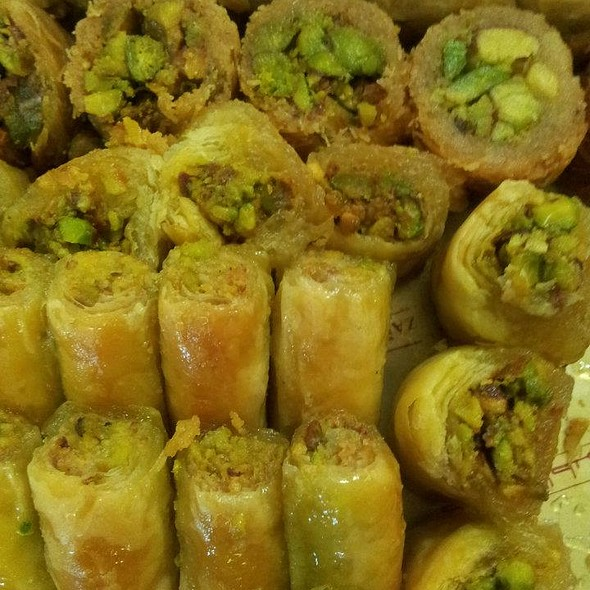 Assorted Baklava @ Zalatimo Sweets