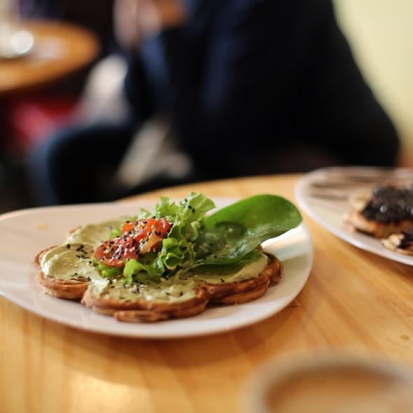 Savory Waffle @ WaflesSUR San Telmo
