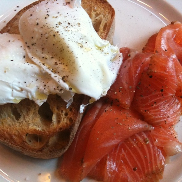Poached Eggs and Salmon Pastrami @ Auction Rooms