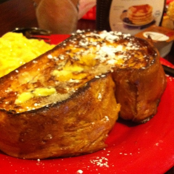 Challah Bread French Toast @ Bagel King