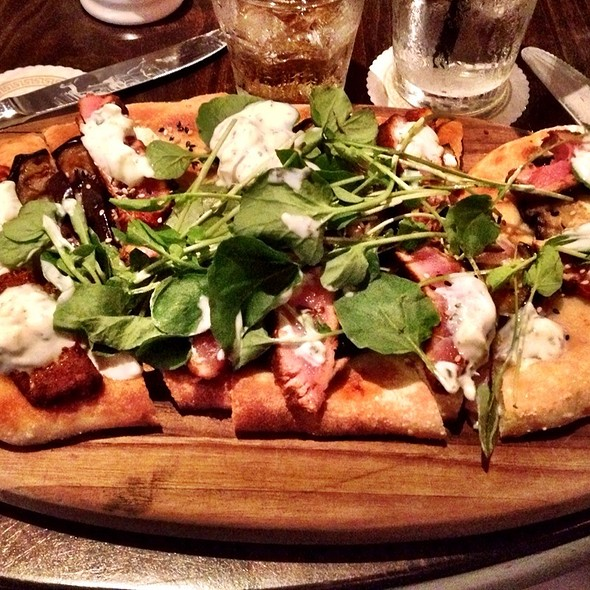 Seared Ahi Tuna Flatbread Pizza