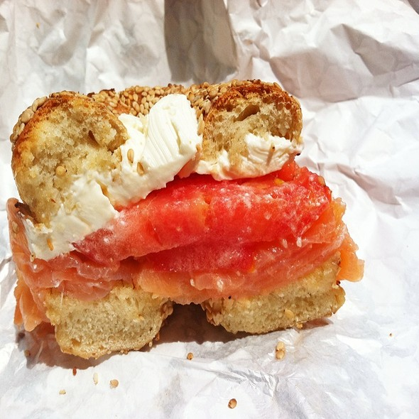 Sesame Bagle With Cream Cheese And Nova Salmon @ Spread Bagelry
