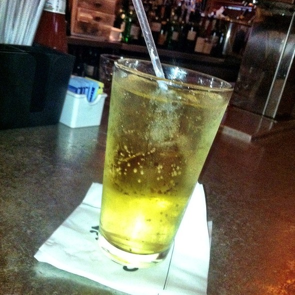 Ginger Ale @ Clyde's