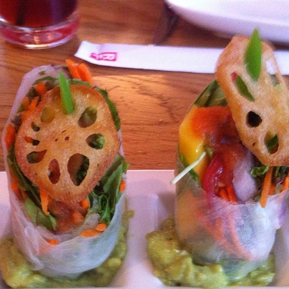 Avocado & Mango Summer Roll @ RedFarm