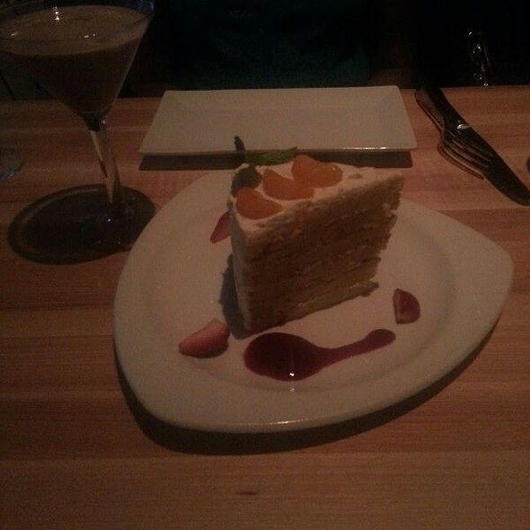 Mandarin Cake - III Forks - Chicago, Chicago, IL