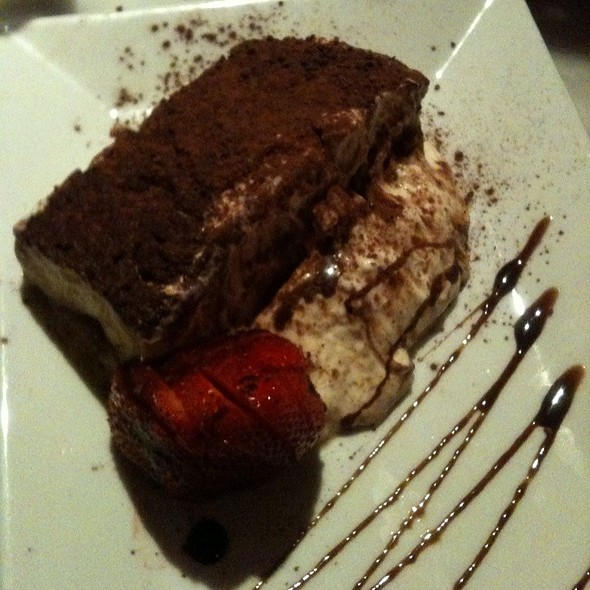 Tiramisu - Joey's Italian Cafe, Miami, FL