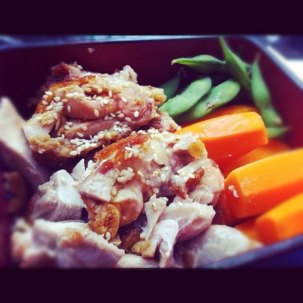 Chicken Teryaki Bento @ Sumo Sushi & Bento