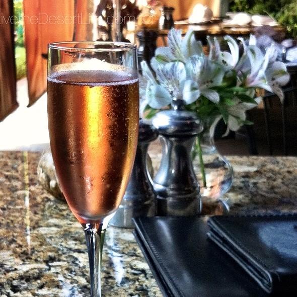 Pink Champagne - Suzanne's Cuisine, Ojai, CA