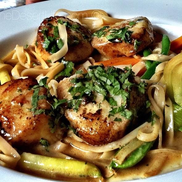 Scallop - Suzanne's Cuisine, Ojai, CA