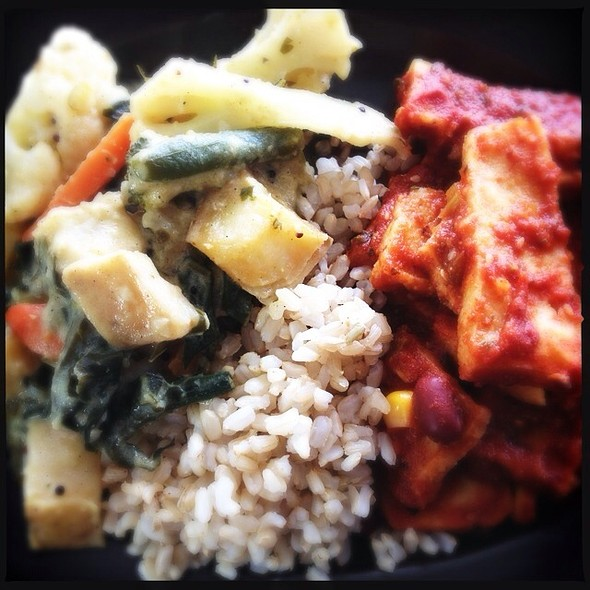 Vegan Vegetable Curry And Mexican Polenta Bake With Brown Rice @ Giri Kana
