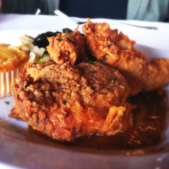 fried chicken @ CreoLa