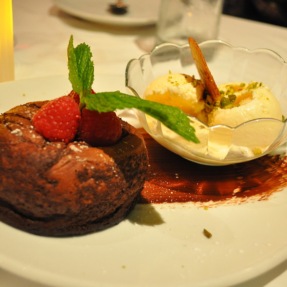 Chocolate Lava Cake @ Flemings Prime Steakhouse & Wine Bar