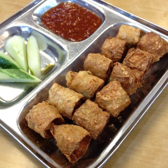 Deep Fried Seafood Rolls @ Restoran Teow Chew Meng