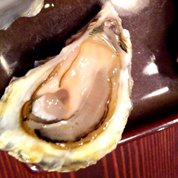Carlsbad Luna Oysters @ Whole Foods Market - Encinitas