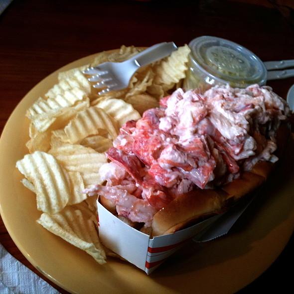 "The ""Poundah"" @ Lobster Shack"
