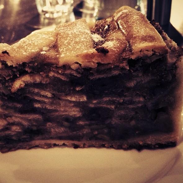 Dutch Apple Tart @ MORE Cafe