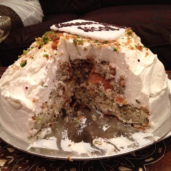 Pistachio Mousse Cake