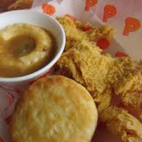 Chicken, Mashed Potatoes & Biscuit  @ Popeye's Chicken & Biscuits