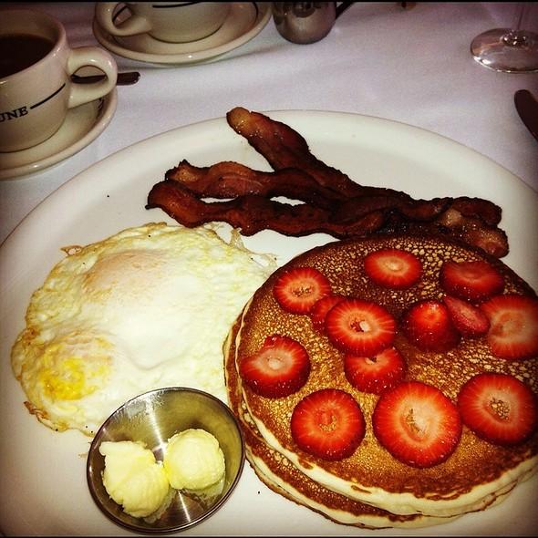 Breakfast Plate - Tre Lune, Santa Barbara, CA
