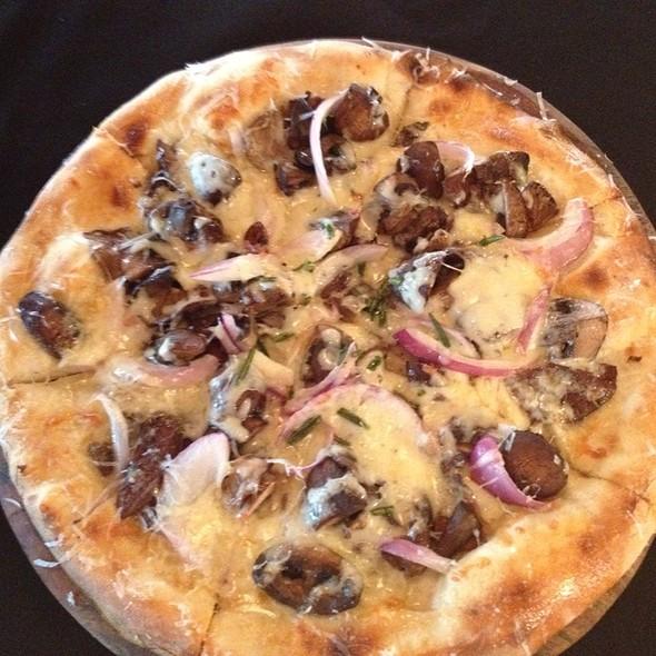 Funghi Misto Pizza