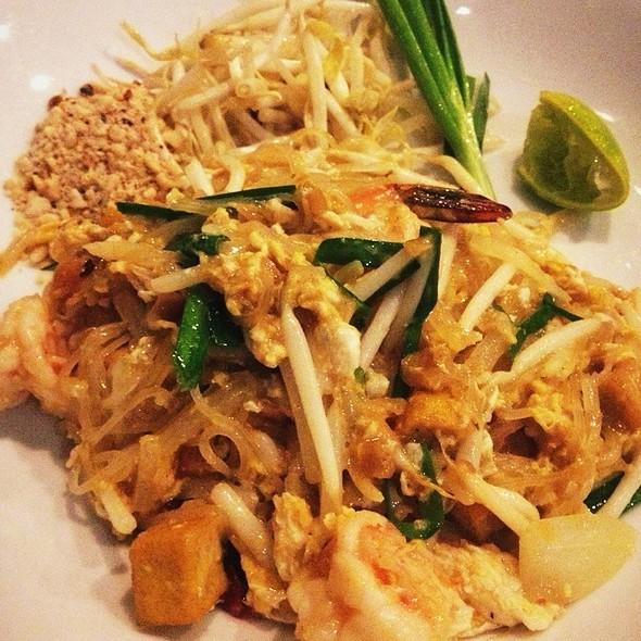 Pad Thai @ Vismaya