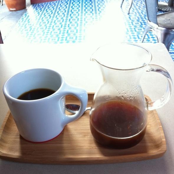 Coffee @ Intelligentsia Coffee & Tea