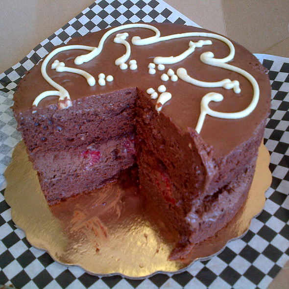 Raspberry chocolate Mousse cake @ Crixa Cakes