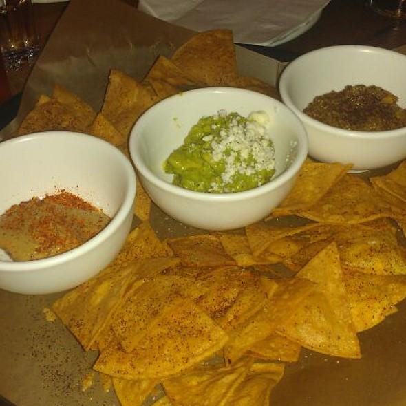Tortilla Chips @ La Carnita