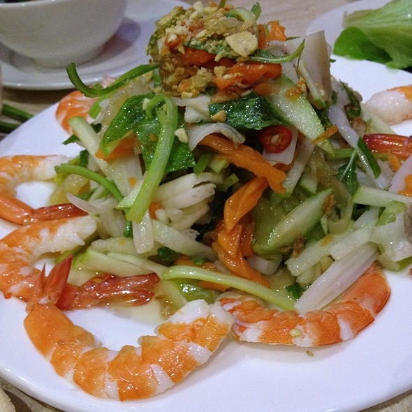 Lotus Root Salad W/ Shrimp And Pork @ Bau Truong