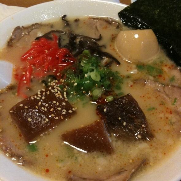 Tonkotsu Ramen Deluxe @ Himawari-Tei