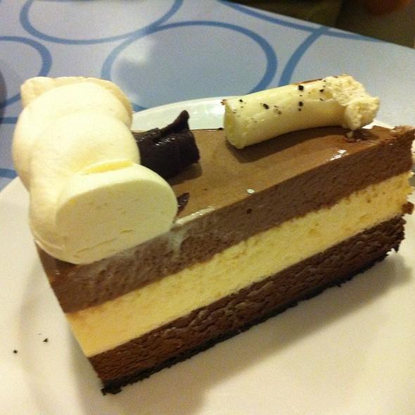 Triple Chocolate Mousse @ Calea