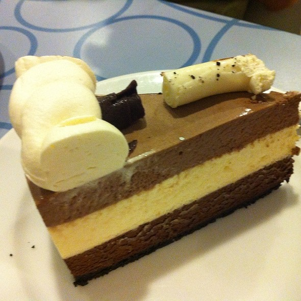 Triple Chocolate Mousse @ Calea