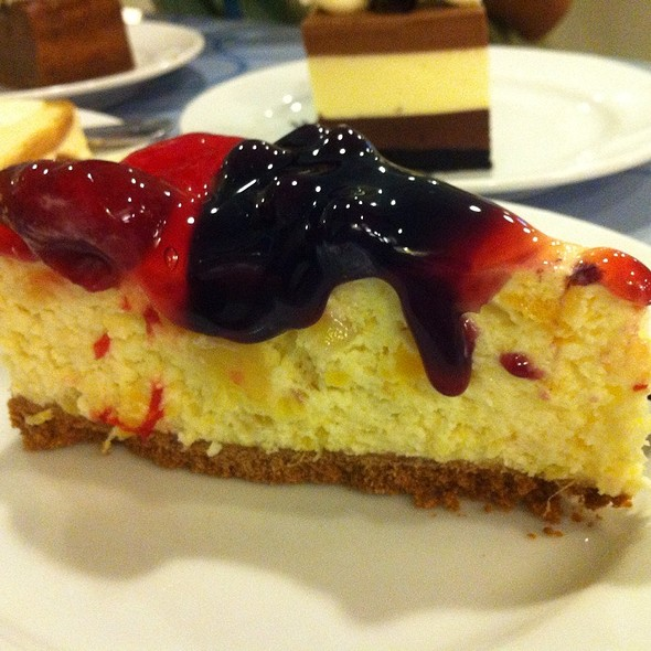 Fruity Cheesecake @ Calea