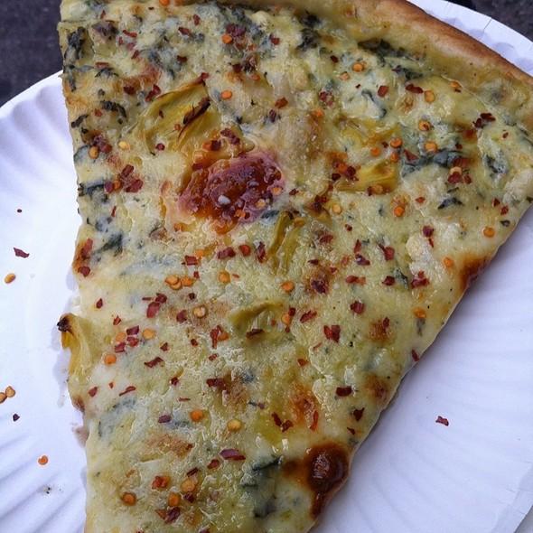 Artichoke Pizza @ Artichoke Basille's Pizza & Brewery