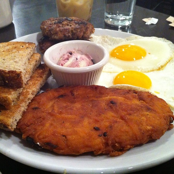 Two Eggs Sunny Side Up @ Friedmans Lunch