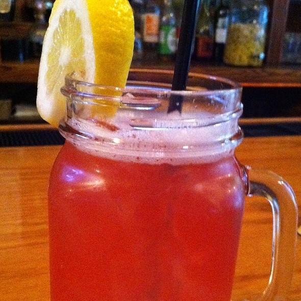 Summer Drink - Porters on the Lane, Bellport, NY