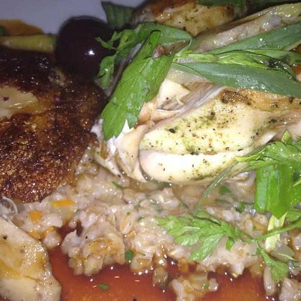 Vermentino Chicken, Confit Thigh @ Rialto