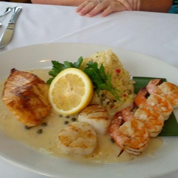 Peohe Mixed Grill - Peohe's - Coronado Waterfront Restaurant, Coronado, CA