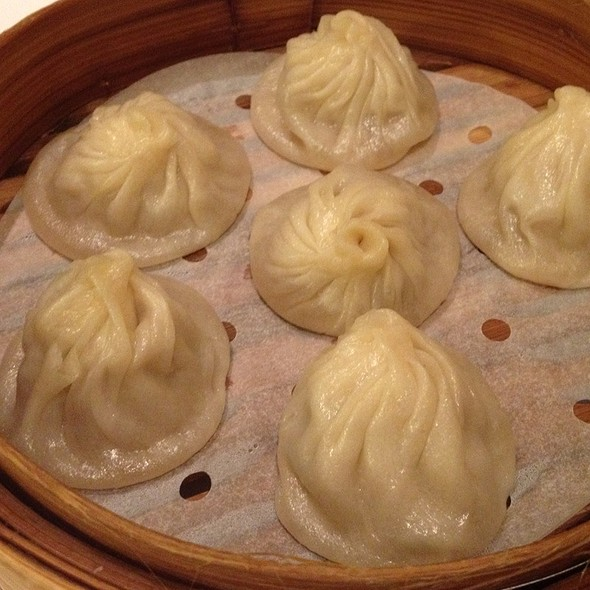 Shanghai Soup Dumplings @ Yank Sing Restaurants