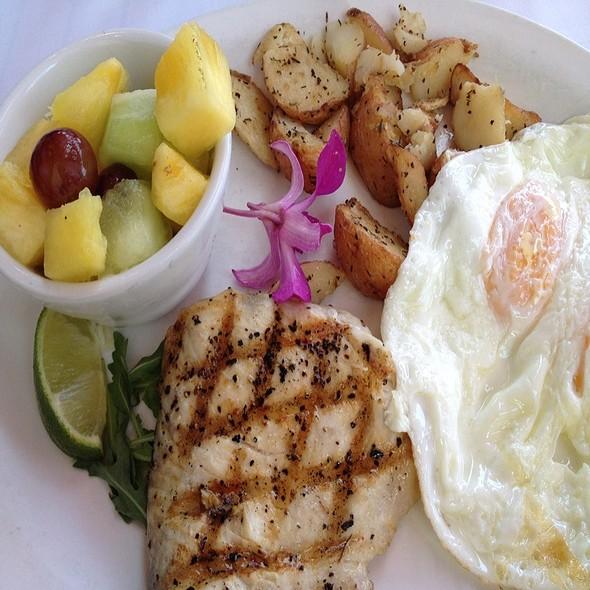 Big Kahuna Fish Breakfast - Island Lava Java Bistro, Kailua, HI