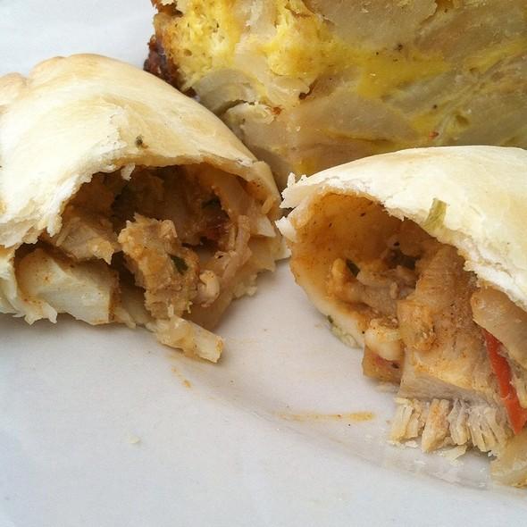 empanadas de pollo - El Patio Argentine Restaurant, Rockville, MD