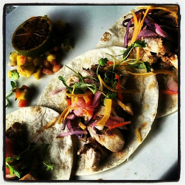 Vietnamese Fish Tacos @ Catch 31