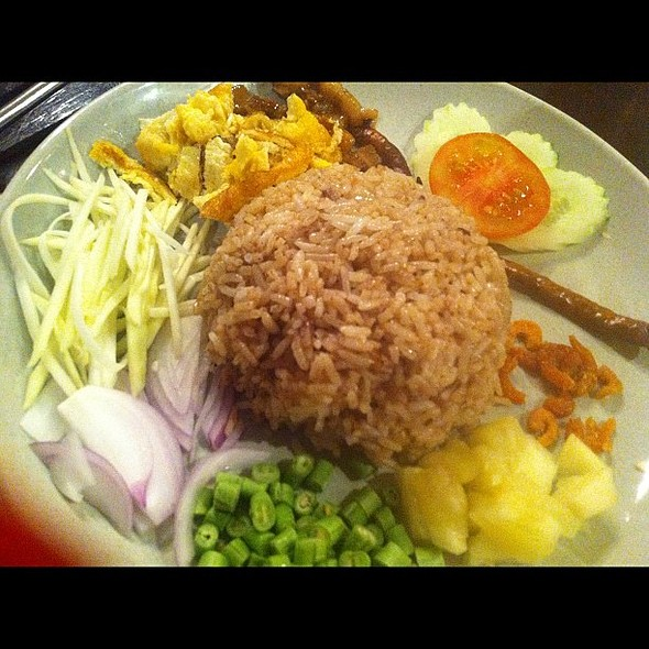 Thai shrimp paste rice! ✈BKK @ Mango Tree (แม็งโก ทรี)