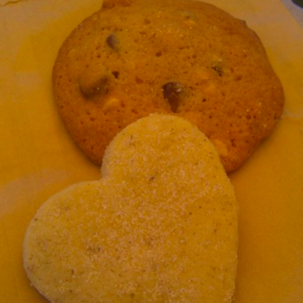 Lavedar Shortbread, Choc Chip Cookie - Lynmar Estate, Sebastopol, CA