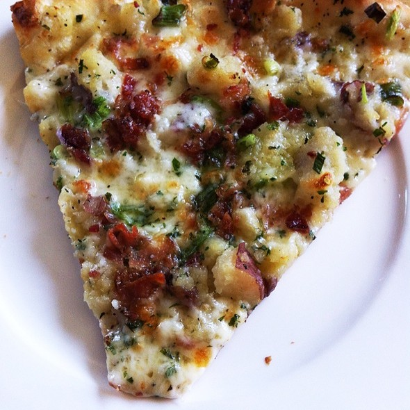 Mashed Potato, Bacon and Scallion Pizza @ Otto Pizza