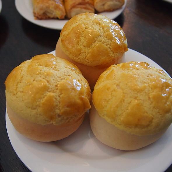 Baked Egg Custard Buns @ Queen's Dim Sum