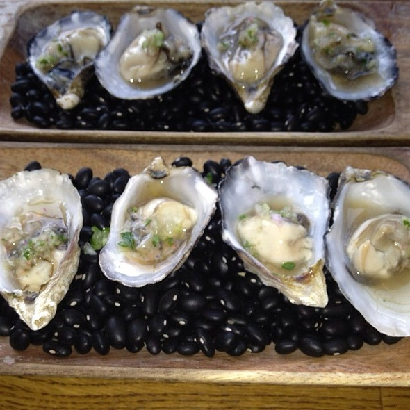 PNW Kumamoto Oysters @ The Girl And The Goat