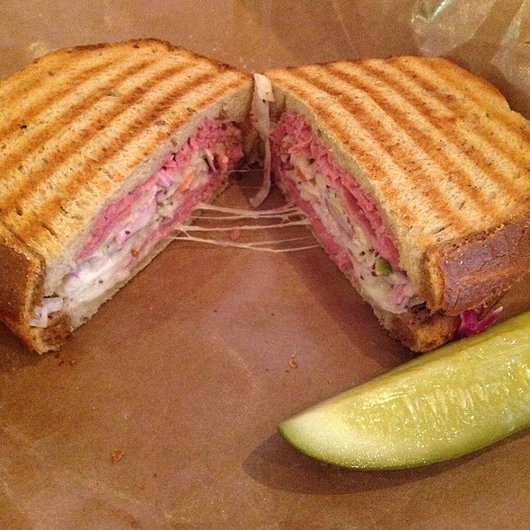 Pastrami W Swiss And Slaw On Rye